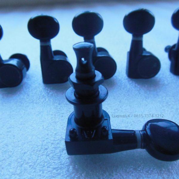 Dryer Oval Screwless 6 In Line Black 100% Barang Impor berkualitas tinggi dari bahan terbaik, untuk pemasangan pada gitar yang menggunakan dryer 6 sejajar.