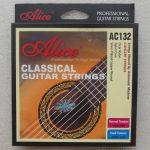 String Guitar Classic Alice AC132 terbuat dari material bahan impor dari Jepang dan Jerman. Dengan teknologi yang telah sangat berkembang dari Jepang,