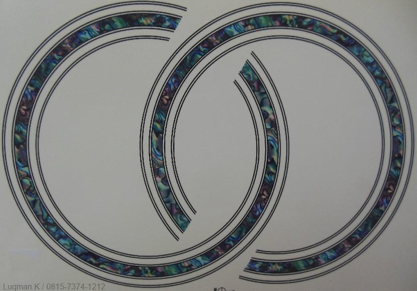 Rosette ME-02 Water Sticker kombinasi motif abalone dan perpaduan warna mutiara membuat rosette ini tampak lebih indah sehingga lebih menarik perhatian.